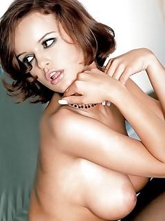 Hairy Girls XXX Erotica