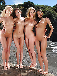 Nude Girls Outdoor