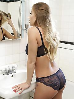 Mirror Pics