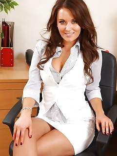 Hot pics of sexy secretaries