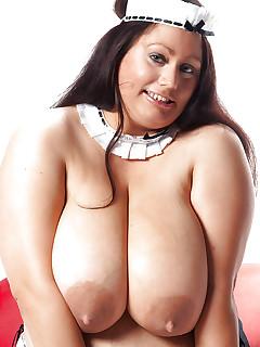 Nude BBW Girls
