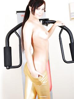 Nude Sporty Girls