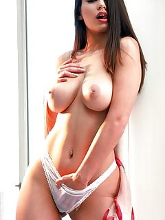 Pierced Girls XXX Pics