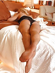 Hot young lesbians' foot fetish sex