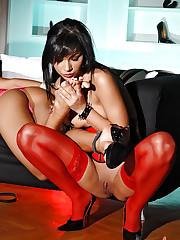 Slim chicks get hot in bondage love
