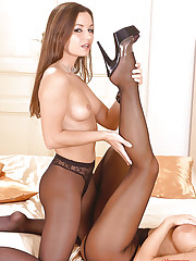 Lesbians having sex in pantyhose