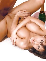 Veronica Vanoza gets dick in her slit