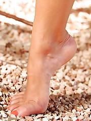 Skye shows off her nice feet