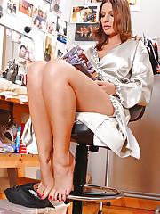 Babe Debbie White's hot feet sex