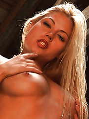 Stunning action with astonishing and armed blonde babe