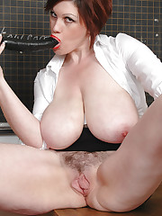 Trudi Stephens having tits and dildo fun