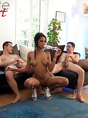 Perfect Cuban babe Katia De Lys fucked by two big cocks!..