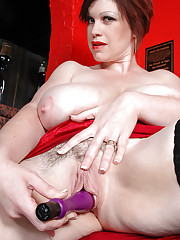 Huge melons Trudi Stephens dildo fucking