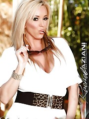 Beautiful busty blonde, Rachel Aziani, is so hot in her..
