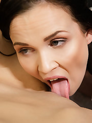 SUGGESTIVE with Stacy Sommers, Ally Style - Viv Thomas