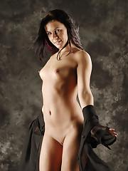 Newcomer Rihanna Samuel shows off her slender body in..