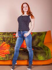 sara's jeans
