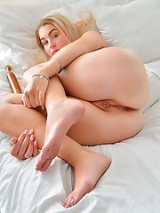 Dildos And Spreads