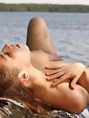 Foxy Salt savor the cool breeze in her naked skin and her..