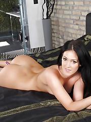 Brunette model Betty loves masturbating her pussy