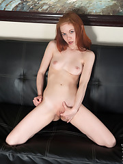 Extra-small spinner Dolly Little is an American redhead..