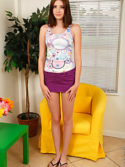 Amateur teen Blaire Ivory is new to showing off her..