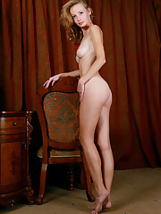 Diana Bronce shows off her slender, sexy body and sweet..