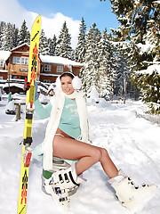 BIG Tit Snow Bunny