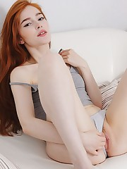 Red-hot Jia Lissa masturbates in the couch