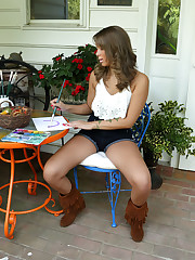 FRILLY BOOTS with Liza Rowe - ALS Scan