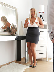 Thick Czech Crystal Swift is dressed to impress Max Dior...