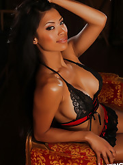 Stunning busty Alluring Vixen babe Sherri teases in a semi..