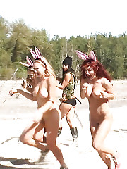 Actiongirls VS Bunny Babes - Bunny Hunters