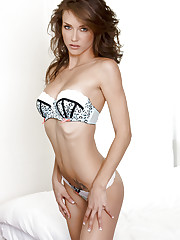 Malena Morgan flaunts her perky tits and sticks her..
