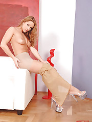 Hot Tereza Fox taking off pantyhose
