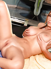 sexy Shay Laren soaking up her body