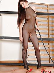Mira Sunset rides her slave Totti