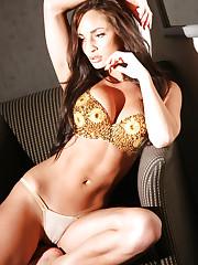 Rosie Gold in golden bra and luxury panties