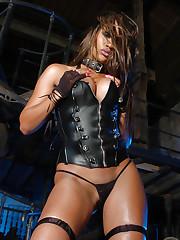 Teri Marquez at Actiongirls