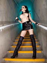 Mistress Katie Banks