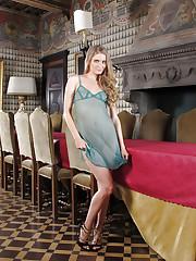 Blonde babe Cayenne Klein shows off in lingerie