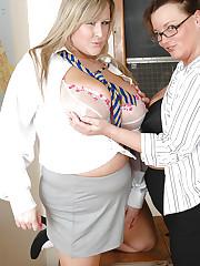 Victoria gives Leah Jayne lesbian lesson