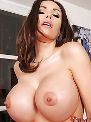Big titty honeys eating hot pussy!