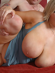 Leah Jayne juggs fucking and cock riding
