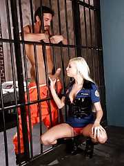 Britney Amber fucks the prisoner